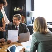 Penerapan Kepemimpinan Efektif dan Reformasi Birokrasi Dalam Perusahaan