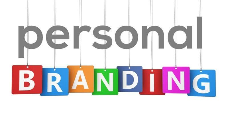 Membangun brand personal secara konkret